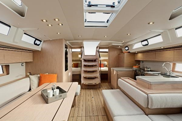 2022 Beneteau Oceanis 51.1 Photo 7 sur 12