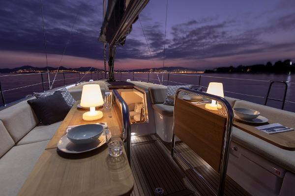 2021 Beneteau First Yacht 53 Photo 6 sur 13
