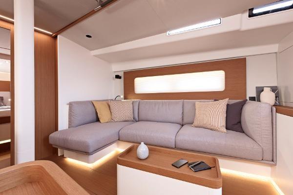 2021 Beneteau First Yacht 53 Photo 8 sur 13
