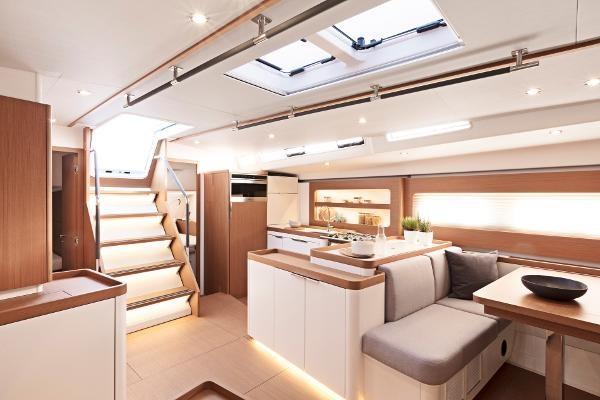 2021 Beneteau First Yacht 53 Photo 9 sur 13