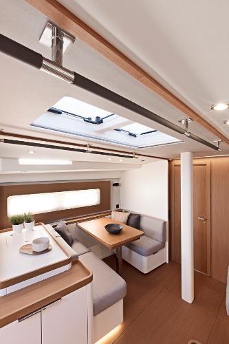 2021 Beneteau First Yacht 53 Photo 11 sur 13