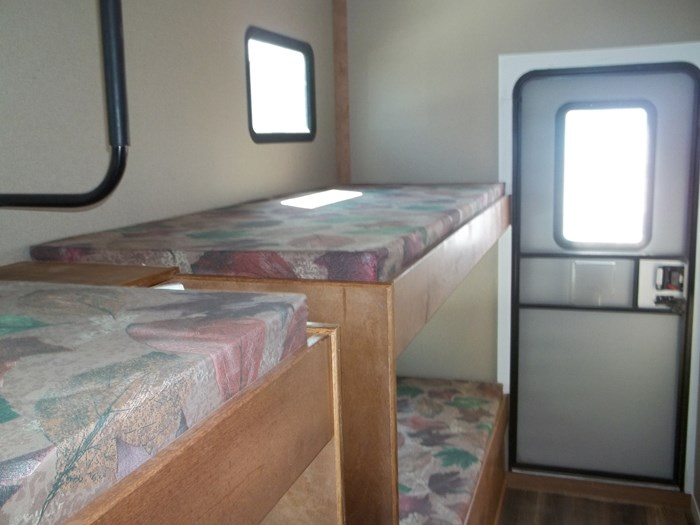 2020 custom built houseboat Photo 7 of 9