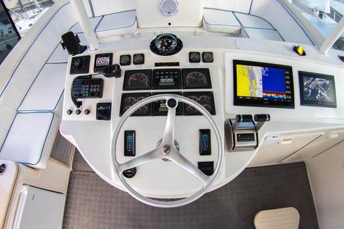 2000 Ocean Yachts Photo 2 sur 70