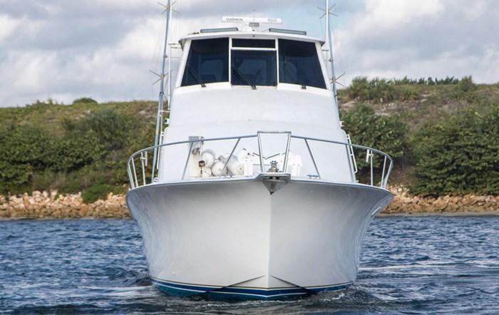 2000 Ocean Yachts Photo 12 sur 70