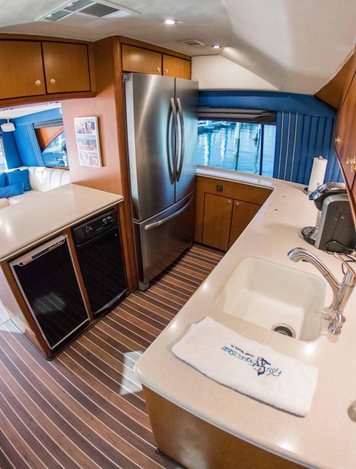 2000 Ocean Yachts Photo 27 sur 70