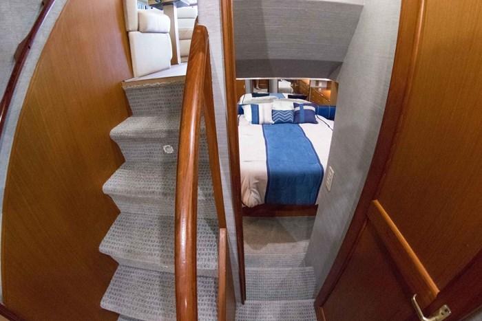 2000 Ocean Yachts Photo 30 sur 70