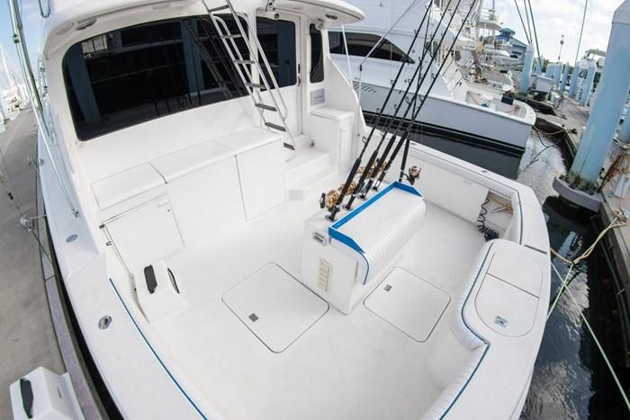 2000 Ocean Yachts Photo 58 sur 70