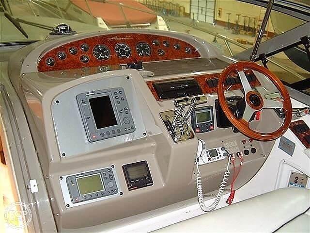 1998 Bayliner Avanti 4085 Photo 7 sur 20