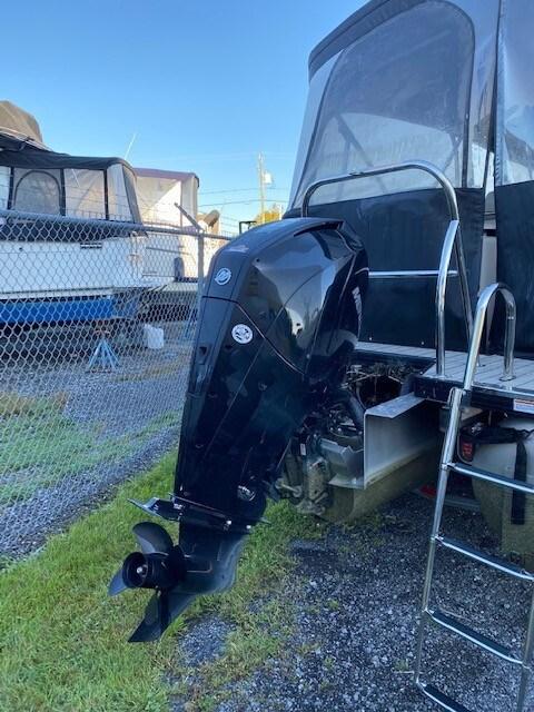 2019 Princecraft QUORUM 25RL 250L V8 DTS PERFO Photo 5 of 10