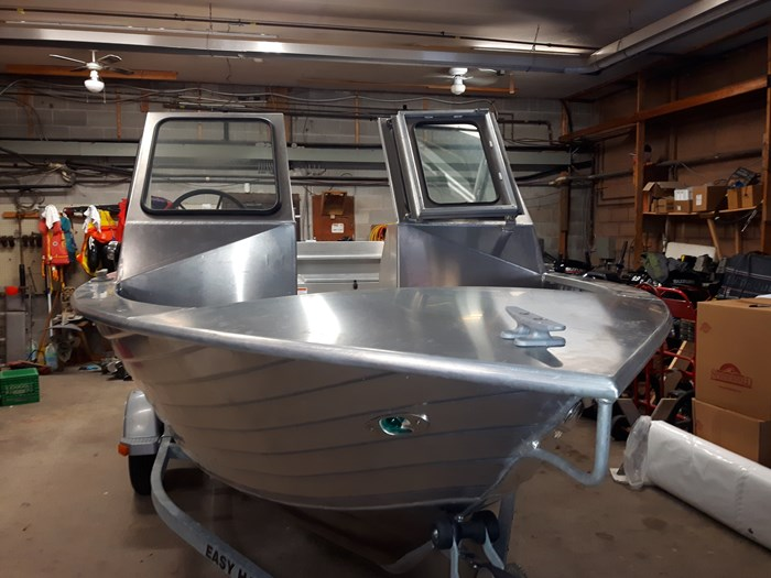 2020 Henley Dual Console Photo 1 of 6