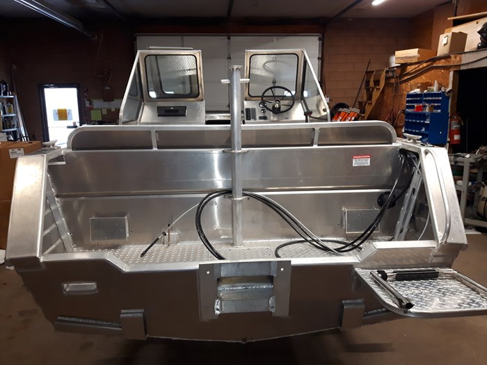 2020 Henley Dual Console Photo 6 of 6