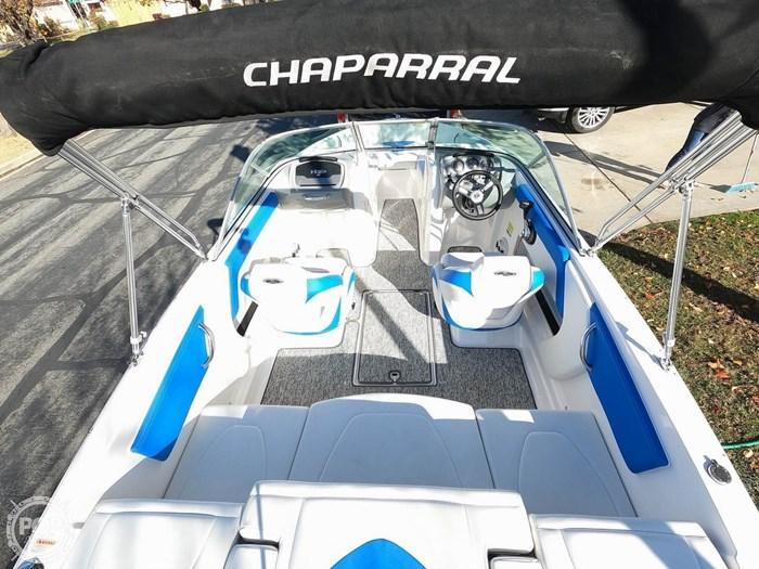 2017 Chaparral H2O Sport Deluxe Photo 2 sur 20