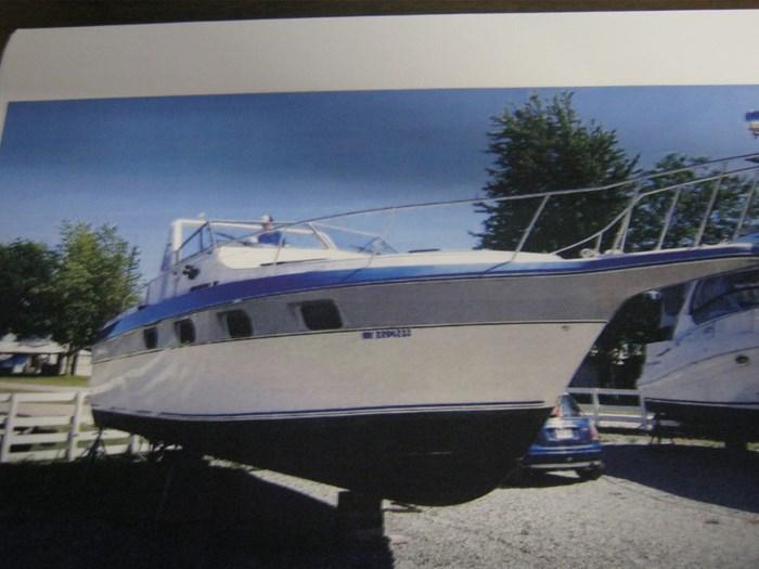 1987 Cruisers Yachts esprit Photo 5 sur 10