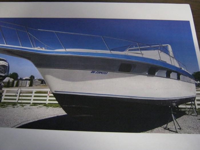 1987 Cruisers Yachts esprit Photo 6 sur 10
