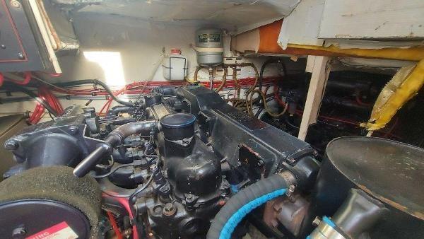1989 Bayliner 3870 Motoryacht Photo 70 sur 74
