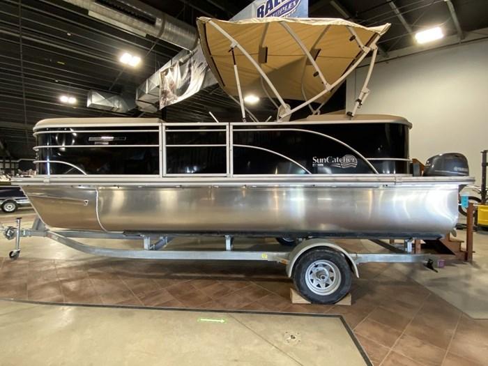 2021 SunCatcher Pontoons by G3 Boats Select 20RC/F60MOTOR/TRAILER Photo 3 sur 9