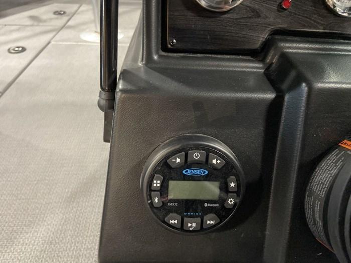 2021 G3 ANGLER V18SF/VMAX150MOTOR/TRAILER Photo 8 sur 12