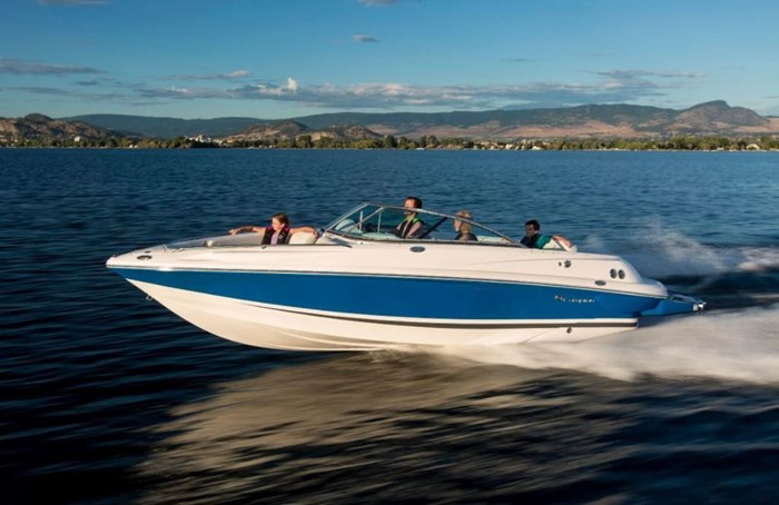2021 Campion A23 INBOARD BOWRIDER/6.2L MERCURY W/300H Photo 1 of 5