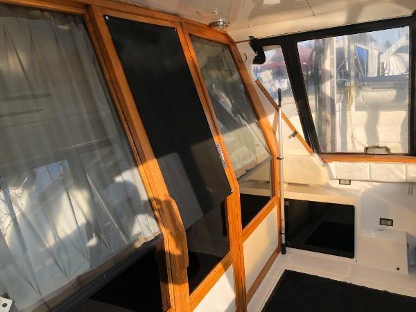 1989 Bayliner 4588 Motoryacht Photo 6 sur 30