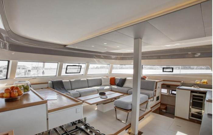 2021 Beneteau Excess Photo 5 of 9