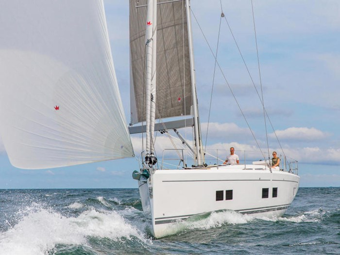 2022 Hanse Yachts 548 Photo 10 of 36