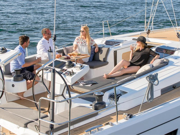 2022 Hanse Yachts 548 Photo 12 of 36