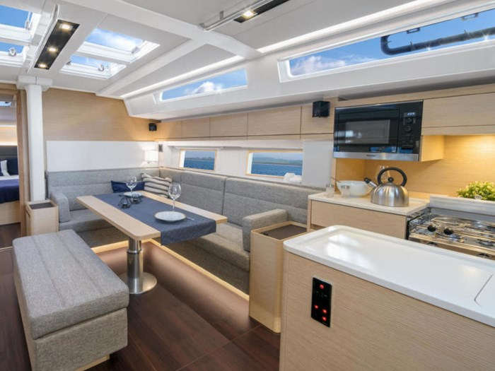 2022 Hanse Yachts 548 Photo 20 of 36