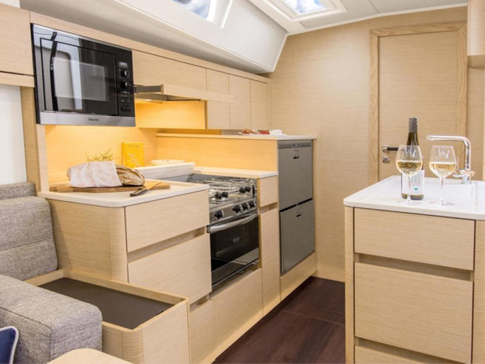2022 Hanse Yachts 548 Photo 24 of 36
