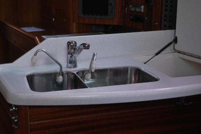 2005 Sweden Yachts 45 Photo 26 sur 43