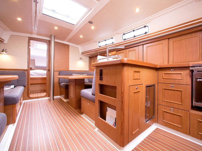 2021 Moody 41 Aft Cabin Photo 17 sur 24