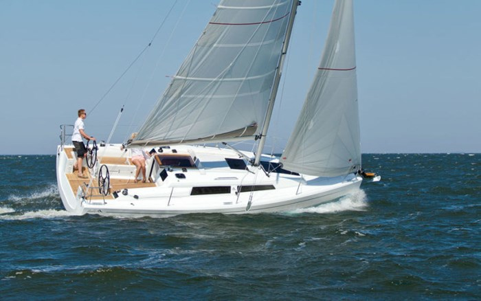 2021 Hanse Yachts 315 Photo 3 sur 21