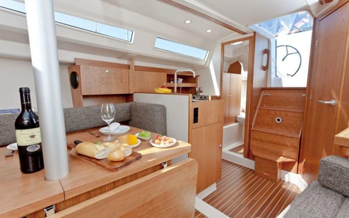 2021 Hanse Yachts 315 Photo 15 sur 21