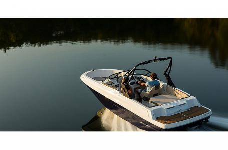 2021 Bayliner VR4-NR Photo 1 sur 8