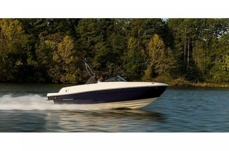 2021 Bayliner VR4-NR Photo 4 sur 8