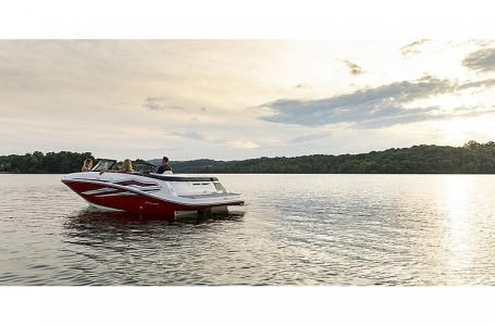 2021 Bayliner VR5 Photo 9 sur 21