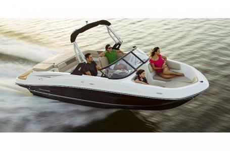 2021 Bayliner VR5 Photo 19 sur 21