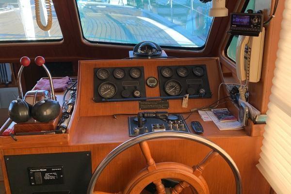 1987 Nova Fishing Cockpit Photo 23 sur 41