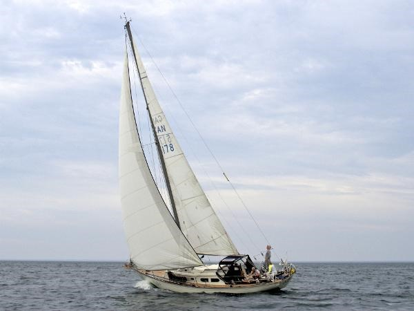 1969 Sparkman Stephens Comanche 42 by Chris Craft Photo 5 of 114