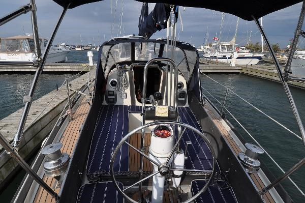 1969 Sparkman Stephens Comanche 42 by Chris Craft Photo 13 of 114