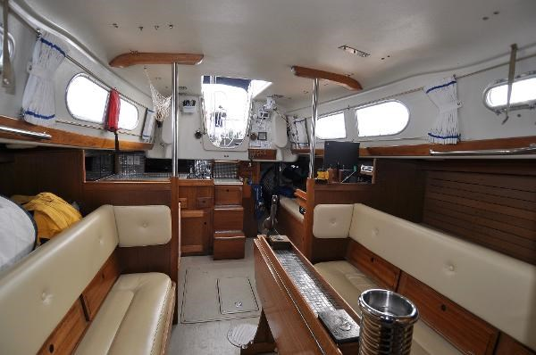 1969 Sparkman Stephens Comanche 42 by Chris Craft Photo 22 of 114