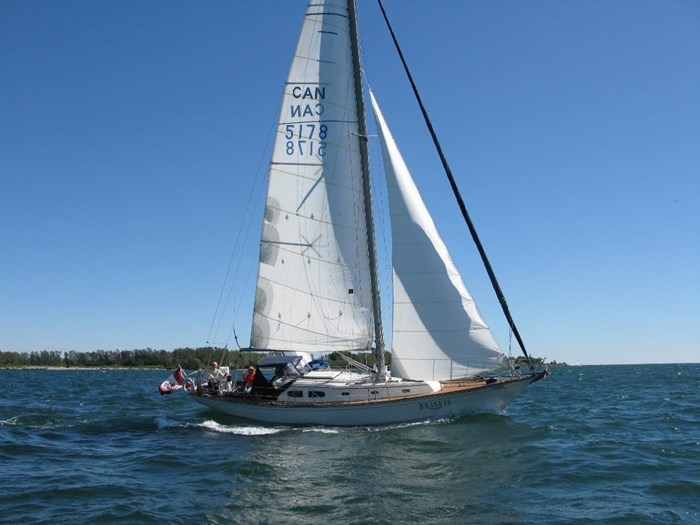 1969 Sparkman Stephens Comanche 42 by Chris Craft Photo 3 of 114