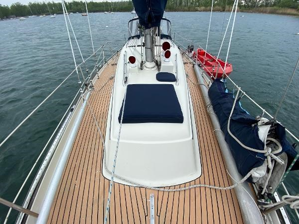 1969 Sparkman Stephens Comanche 42 by Chris Craft Photo 42 of 114