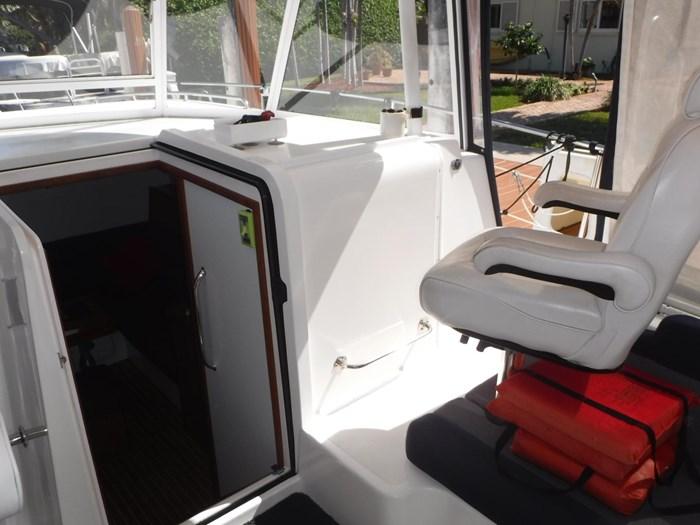 2007 Endeavour Catamaran Power Cat Photo 9 sur 33