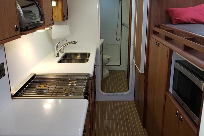 2007 Endeavour Catamaran Power Cat Photo 22 sur 33