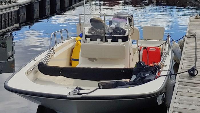 2019 Boston Whaler Montauk 170 Photo 9 of 14