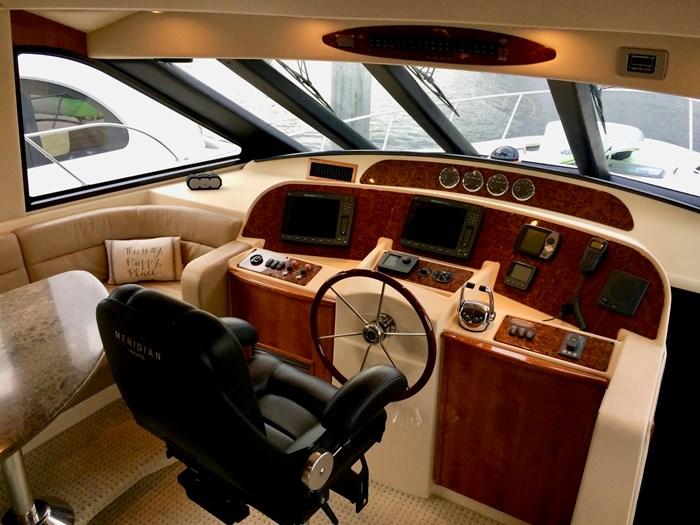 2007 Meridian 580 Pilothouse Photo 2 sur 28