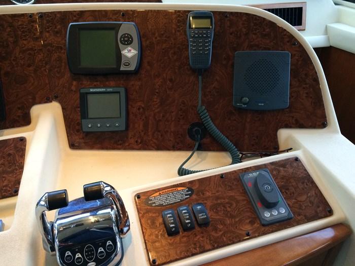 2007 Meridian 580 Pilothouse Photo 7 sur 28