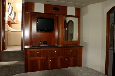 2007 Cruisers Yachts 415 Express Photo 18 of 20