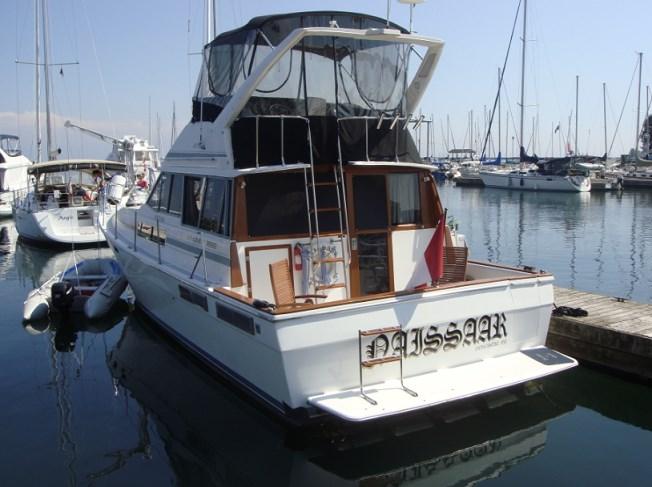 1989 Bayliner 3888 Motor Yacht Photo 3 sur 64