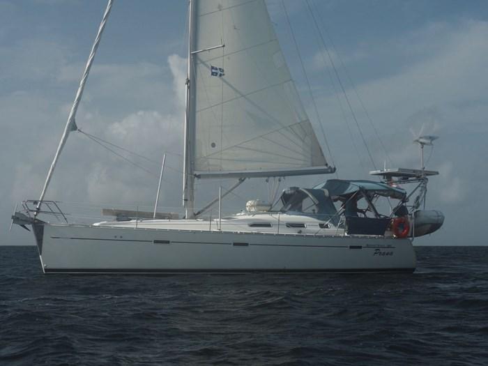 2003 Beneteau Oceanis 393 Photo 2 sur 29